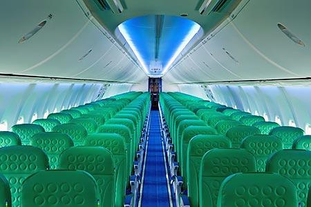 Zicht op het Transavia interieur in de Boeing 737-800